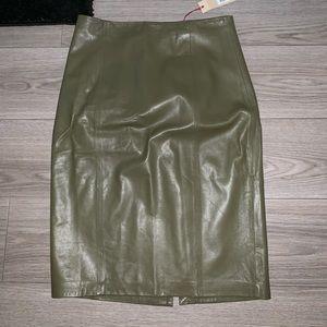 Banana republic leather skirt sz 12 NWT